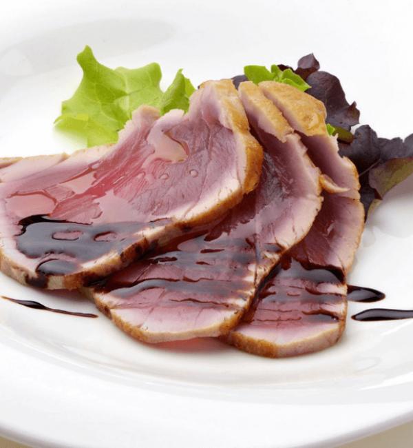 Trancio di tonno scottato alla griglia